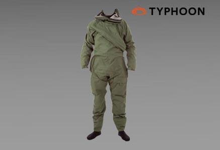 Jednoczęściowy, suchy kombinezon ASSAULT firmy TYPHOON